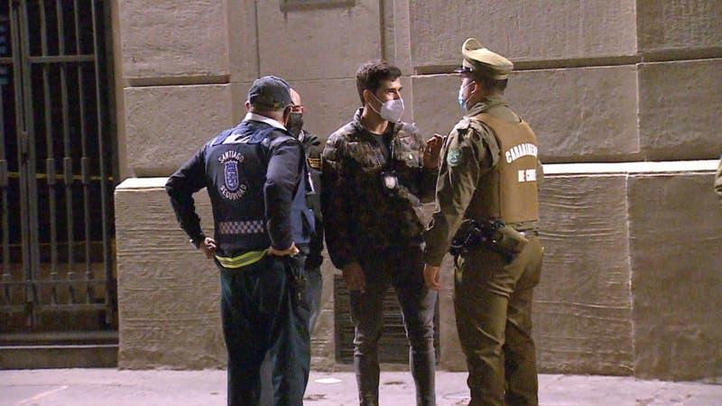 [VIDEO] Denuncian delincuencia y prostitución en pleno centro de Santiago