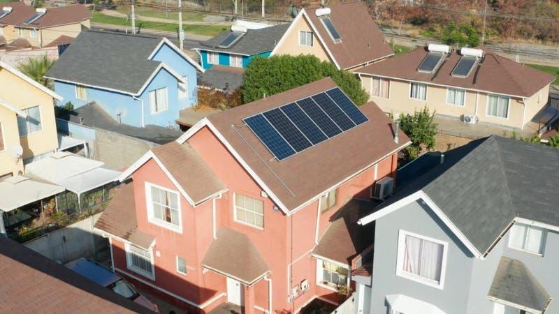 [VIDEO] Amplían subsidio para instalar paneles solares en la casa
