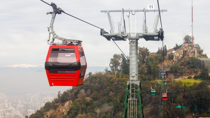 Anuncian reapertura de Teleférico de Santiago en el Parque Metropolitano