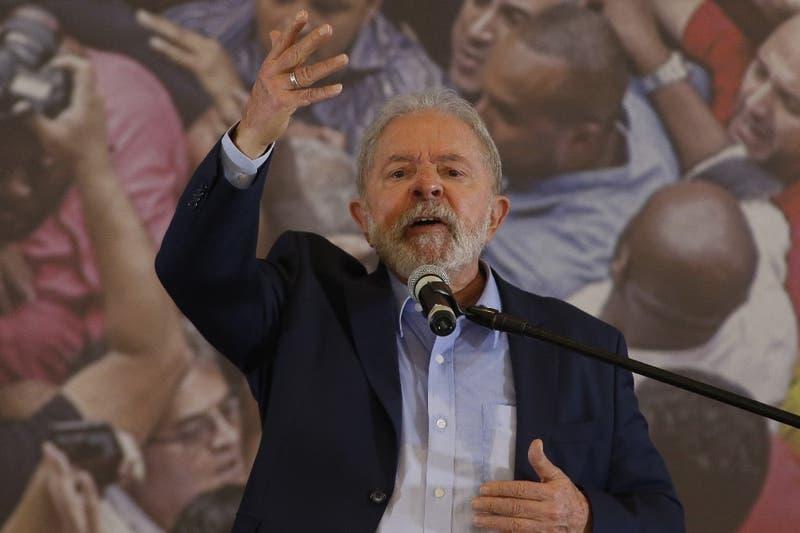 Lula aventaja a Bolsonaro en intención de voto
