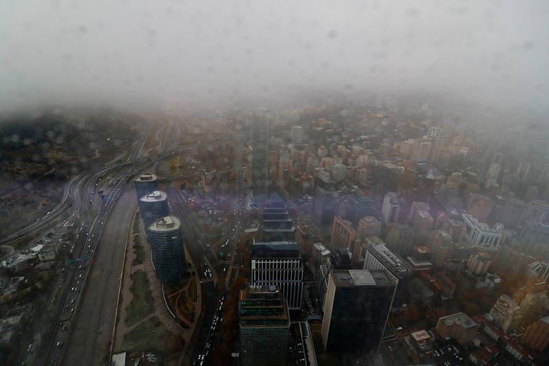 Bajan las temperaturas en Santiago y podría caer aguanieve la noche de este viernes