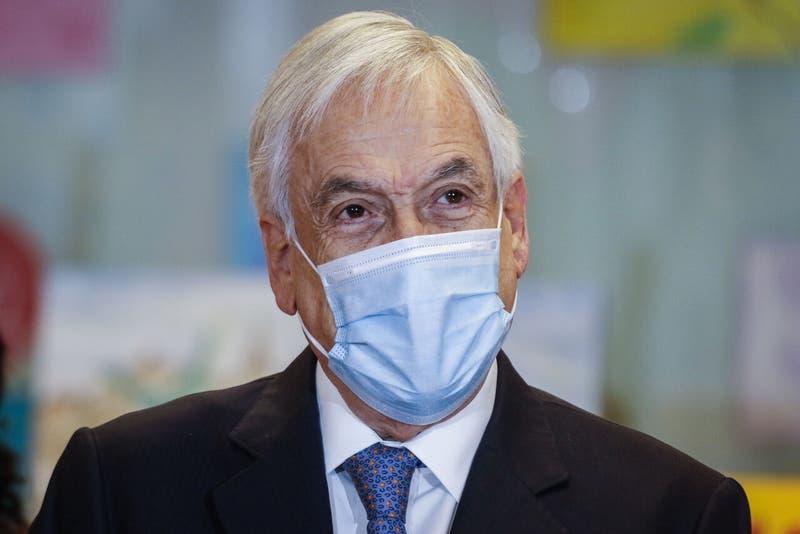 Avión de Presidente Piñera que iba a Temuco fue desviado a Puerto Montt por problemas de visibilidad