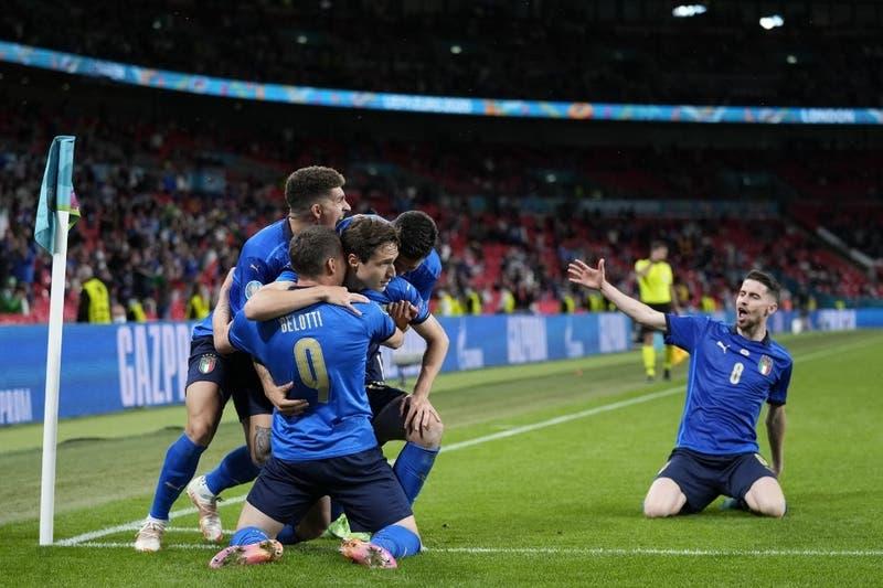 Italia sufrió, pero venció 2-1 a Austria en la prórroga y clasificó a cuartos de la Euro 2020