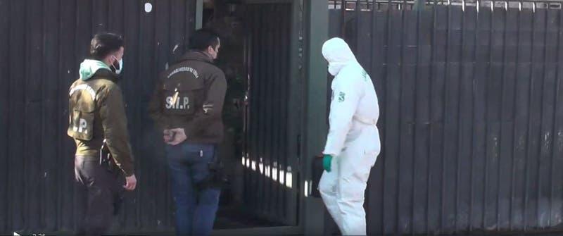 Carabineros disparó a hombre con arma blanca que amenazó con matar a su familia