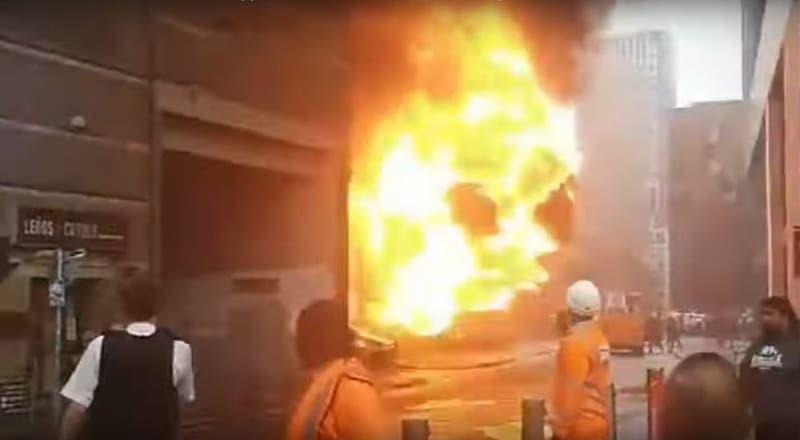 Seis personas resultan heridas en gigantesca explosión en Metro de Londres