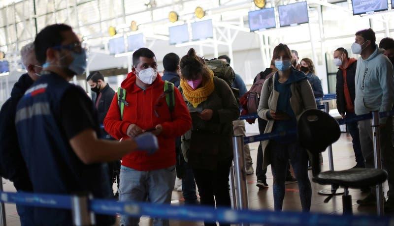 Comisión aprueba proyecto para ceder pasajes aéreos hasta un día antes del vuelo