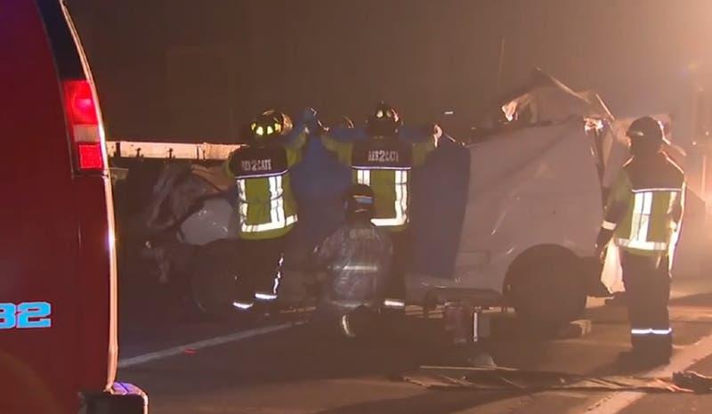 Un muerto deja violento accidente de tránsito entre un furgón y un camión en Calera de Tango