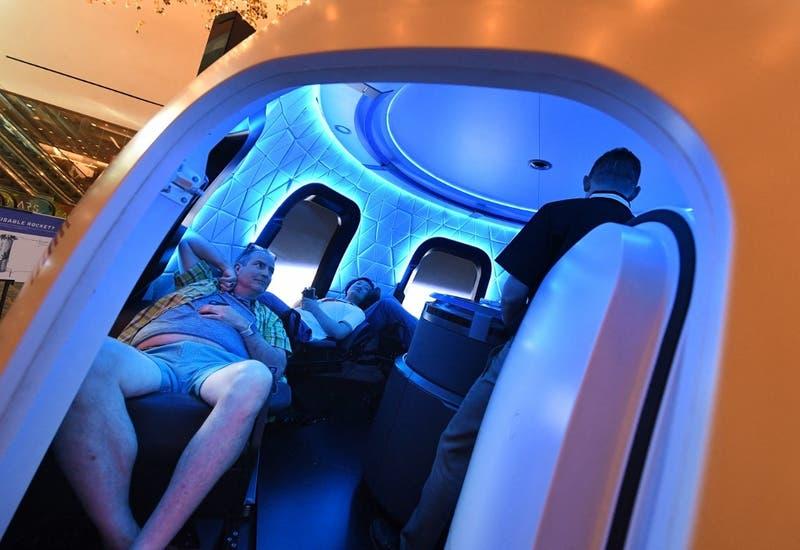 Una mujer de 82 años viajará con Jeff Bezos al espacio en julio