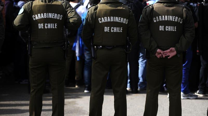 Carabinero es detenido por robo en Concepción: La víctima fue puesta en el maletero de un auto