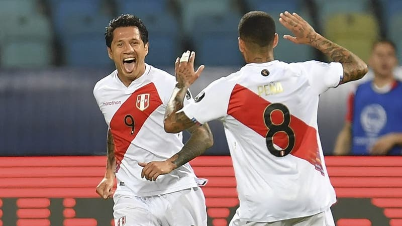 """Gianluca Lapadula, delantero peruano: """"Entre Chile y Brasil es lo mismo"""""""