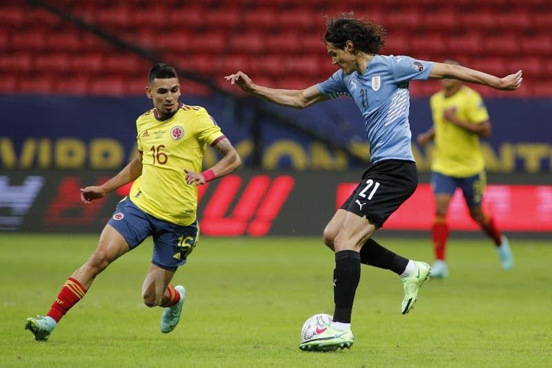 Uruguay y Colombia empatan al entretiempo por los cuartos de final de Copa América