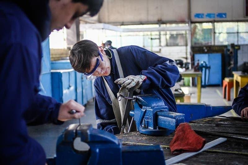 Beca Práctica Técnico Profesional 2021: Conoce cómo recibir el beneficio de $65 mil