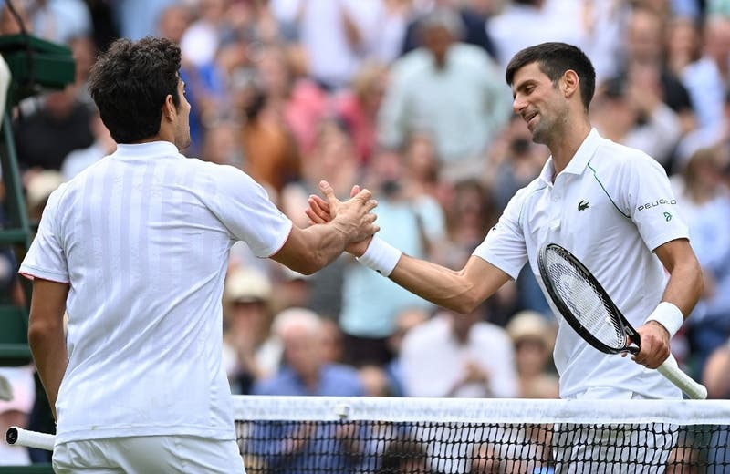 """Djokovic tras vencer a Garín en Wimbledon: """"Jugó por primera vez en la central y estaba nervioso"""""""