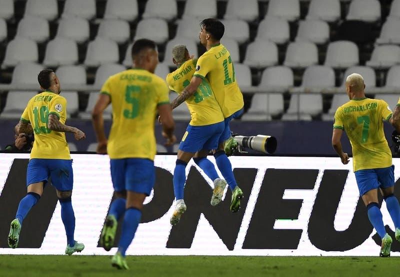 Brasil vence a Perú por la cuenta mínima y es el primer finalista de la Copa América 2021