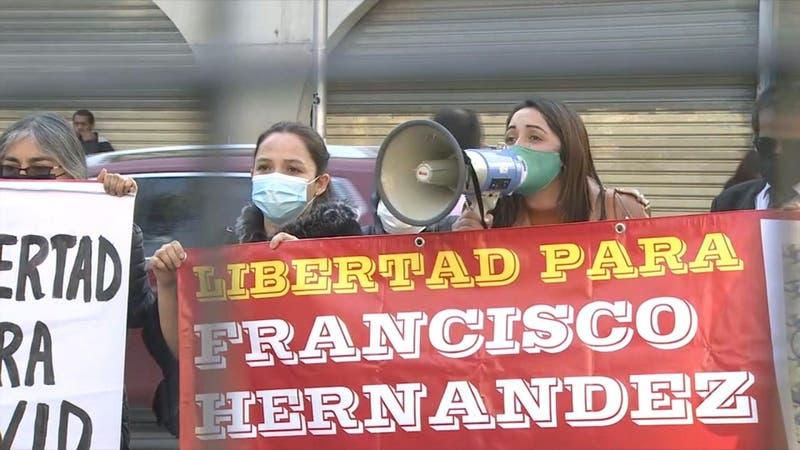 [VIDEO] Polémica por indulto divide a los constituyentes