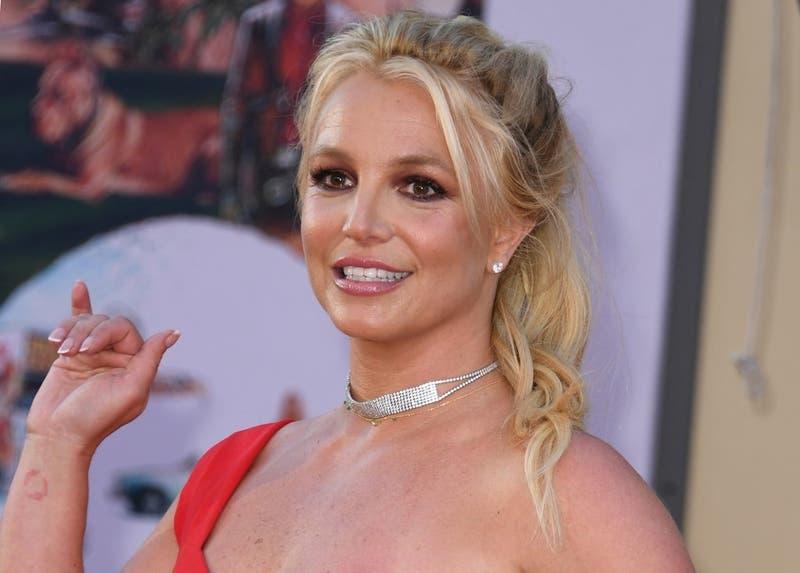 El padre de Britney Spears fue removido de la tutela de su hija