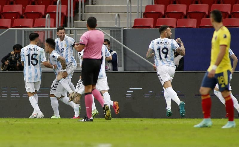 Argentina vence a Colombia en los penales y enfrentará a Brasil en la final de Copa América