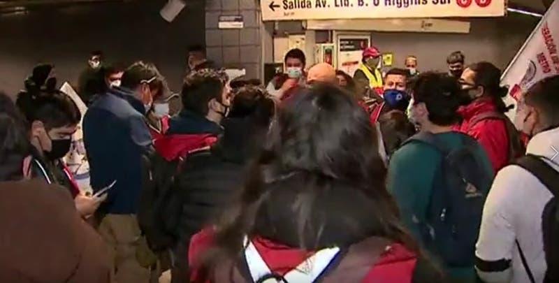 Gerente de Metro responde a acusaciones de trabajadores por no pago de bono