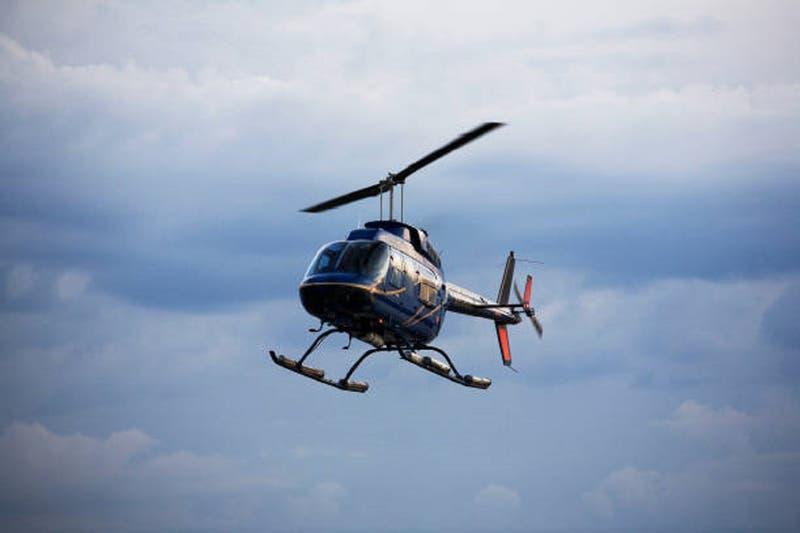 Empresario que viajó en helicóptero a Zapallar durante pandemia deberá pagar $3 millones tras juicio