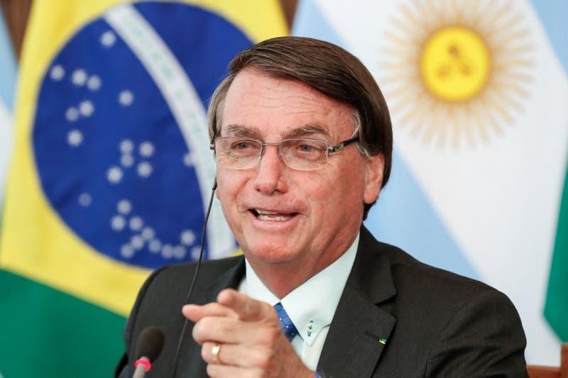 En plena cumbre: Jair Bolsonaro le aseguró a Alberto Fernández que Brasil le ganaría 5-0 a Argentina