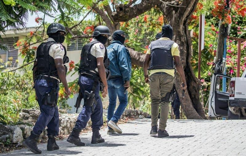 """Haití pide a EEUU y la ONU enviar tropas """"para estabilizar el país"""""""