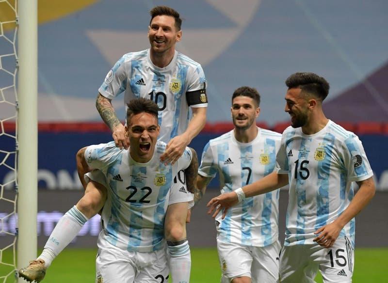 Lionel Messi lidera el once inicial de Argentina para enfrentar a Brasil en la final de Copa América