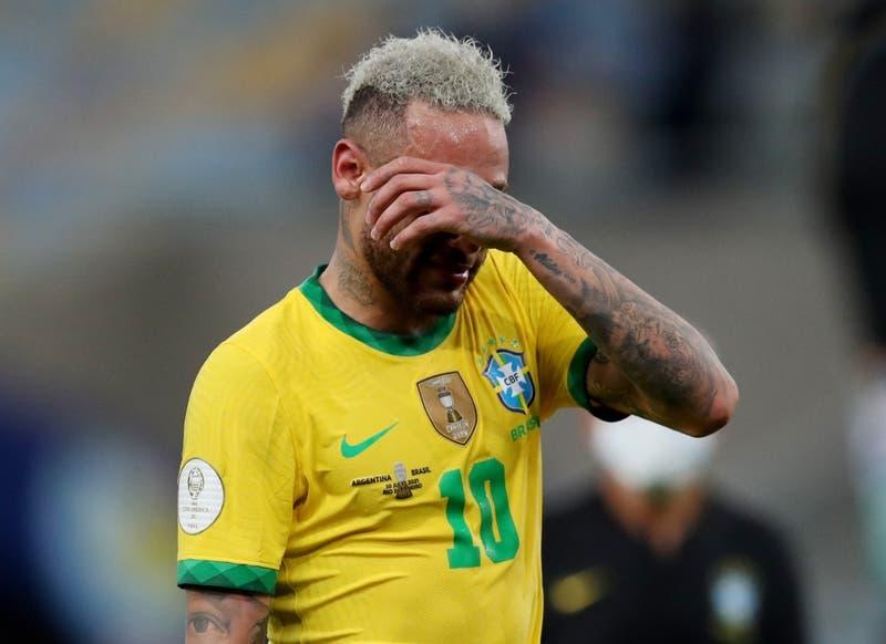 El desconsolado llanto de Neymar tras perder la final de la Copa América ante Argentina