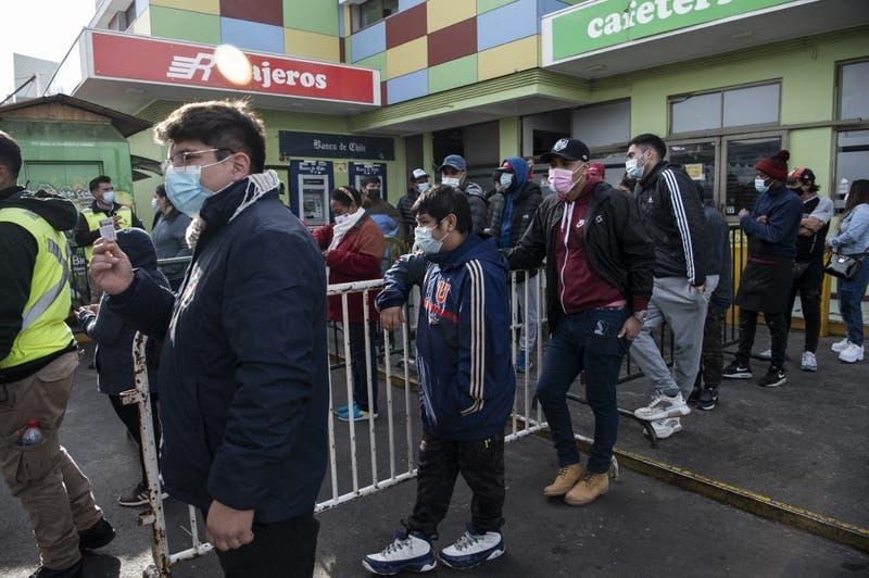 Coronavirus en Chile: 110 muertes en las últimas 24 horas y positividad bajó al 3,43%