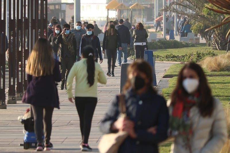 Coronavirus en Chile: Las comunas que este lunes avanzan en el Plan Paso a Paso