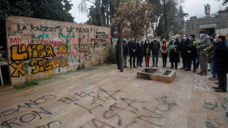 Gobierno anuncia denuncia por profanación de la tumba de Jaime Guzmán
