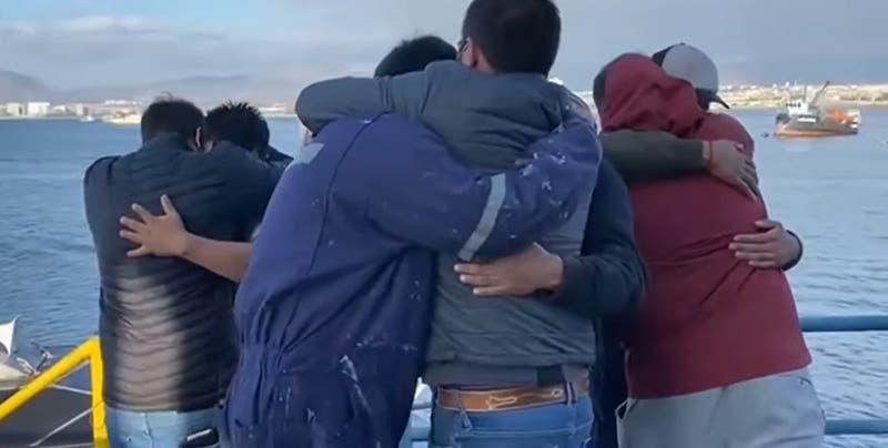 """""""Un frío que nos mataba"""": Pescadores pasaron seis días en un islote tras naufragio en Coquimbo"""