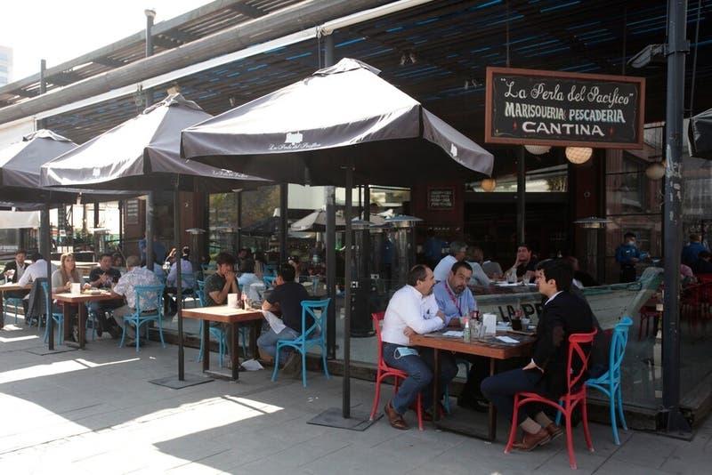 Interior de restoranes solo con Pase de Movilidad: Detalles del nuevo Plan Paso a Paso