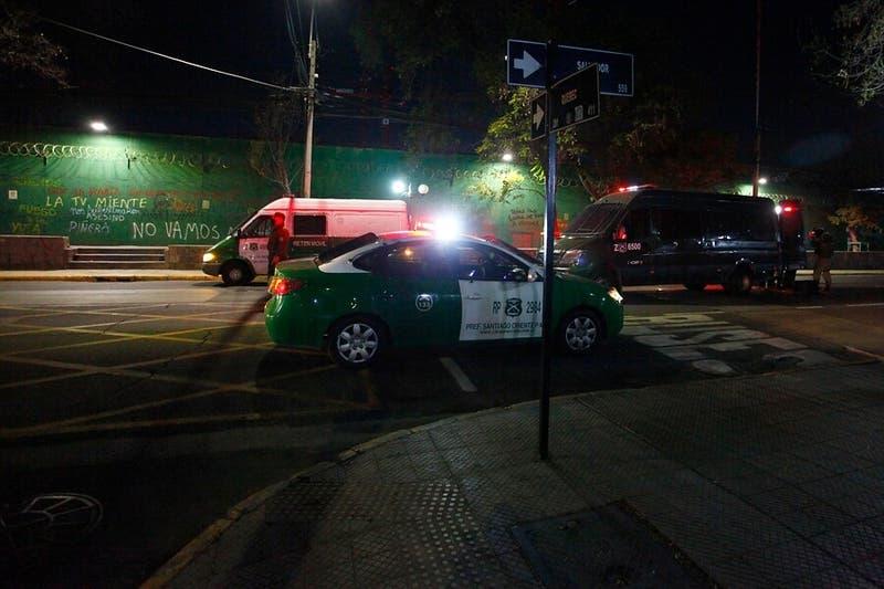 Cuatro carabineros heridos por atropello de vehículo que evadió una fiscalización