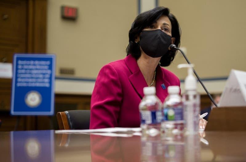 """Autoridad de Salud de EE.UU: """"El COVID-19 'se está convirtiendo en pandemia de no vacunados'"""