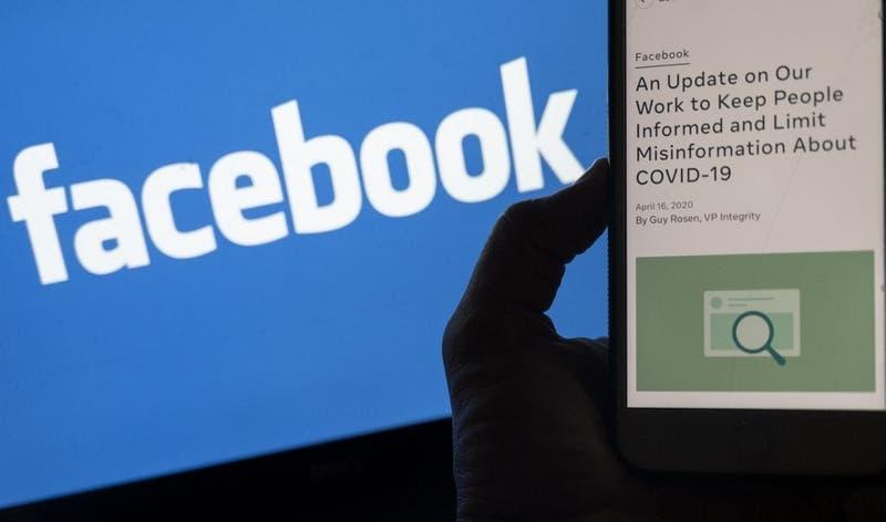 """Facebook rechaza críticas de Biden por desinformación del COVID-19 y dice que """"ayuda a salvar vidas"""""""