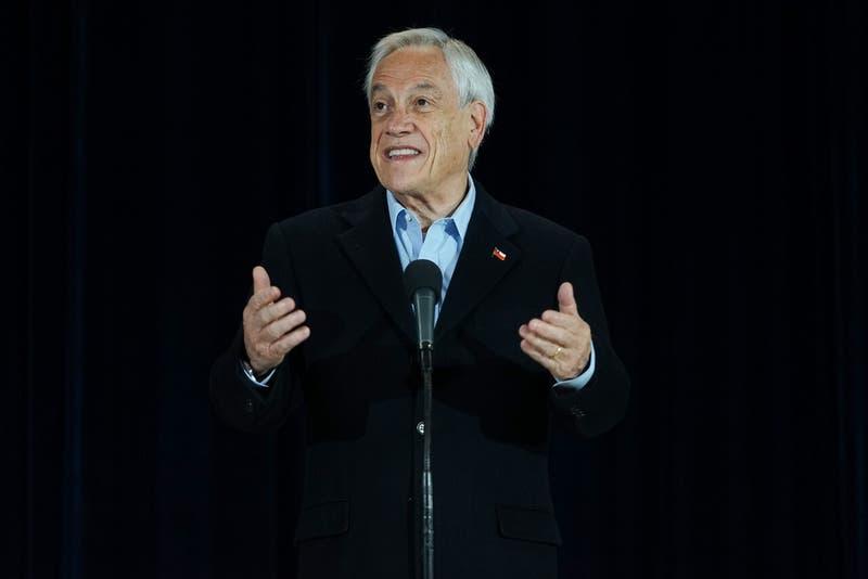"""Piñera pide participar en primarias: """"Espero que los chilenos cumplamos con nuestro compromiso"""""""