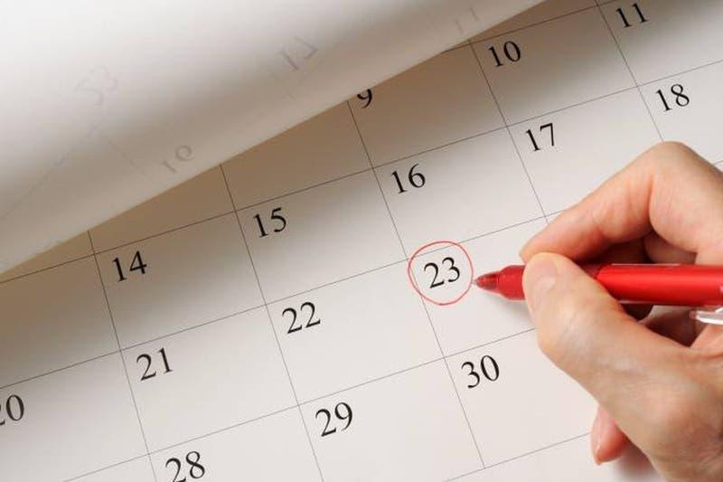 ¿Hay feriados en agosto de 2021?