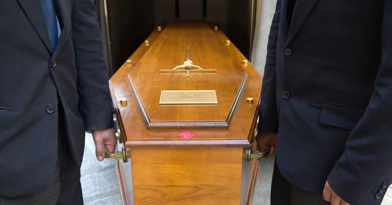 Según estudio, número de muertes por COVID-19 en India serían hasta diez veces más que las oficiales