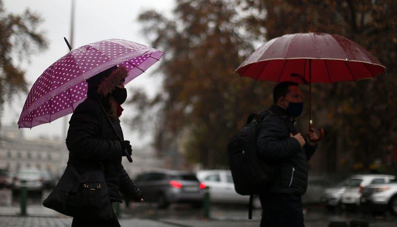 Pronostican probables lluvias para fines julio en la zona central: ¿Qué día lloverá en la RM?