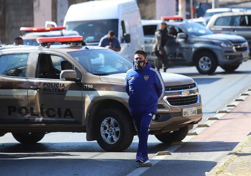 Plantel de Boca Juniors deja la comisaría de Belo Horizonte después de 12 horas tras incidentes