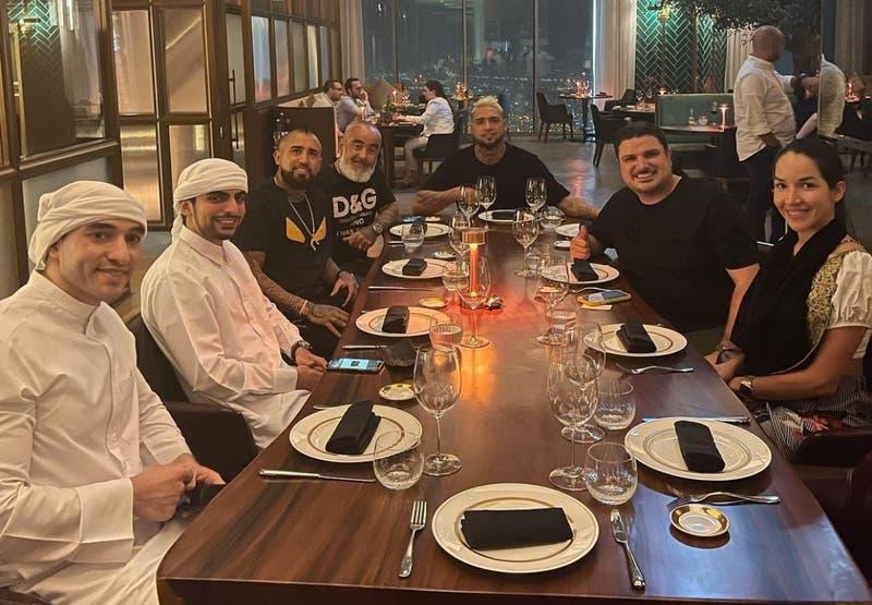 Recibido por el jeque: el lujoso viaje de Arturo Vidal por Dubái