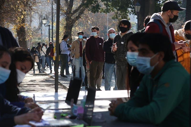 Balance contagios coronavirus en Chile