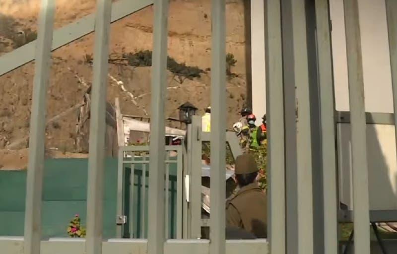 Dos camiones y una camioneta desbarrancan por ladera de Viña del Mar: hay al menos dos muertos