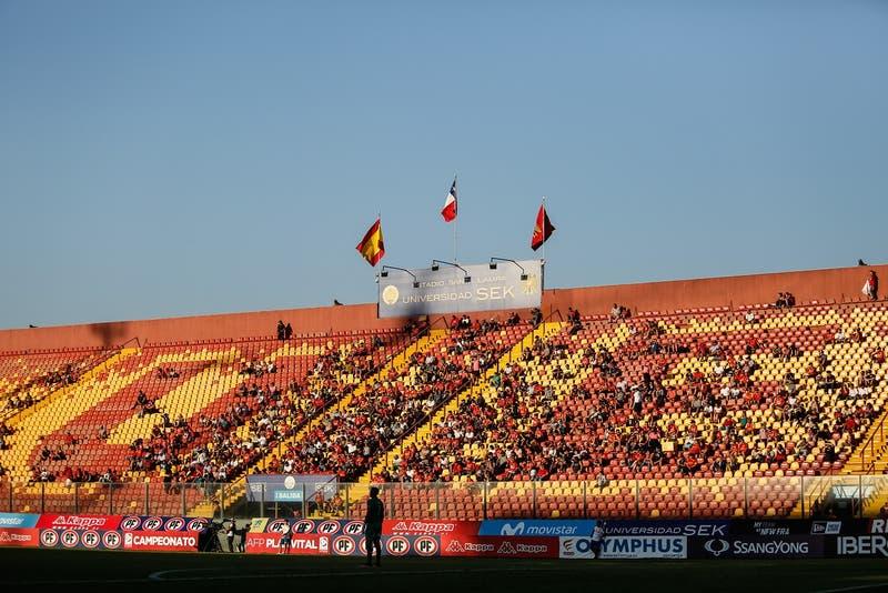 """Milad y regreso del público: """"Es un proceso de paso a paso para volver a tener los estadios llenos"""""""