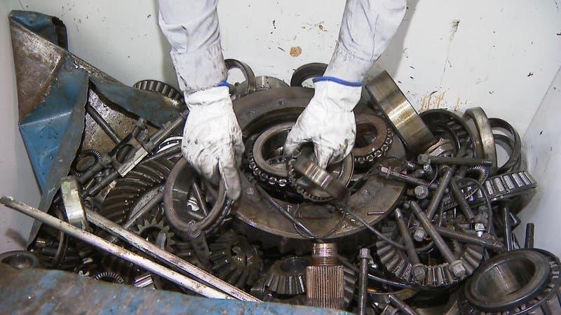 El desconocido reciclaje de Metro: Una segunda vida a piezas que ya no sirven