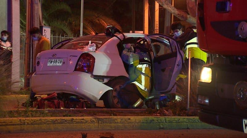 Al menos cuatro heridos tras choque entre auto particular y patrulla policial en Ñuñoa