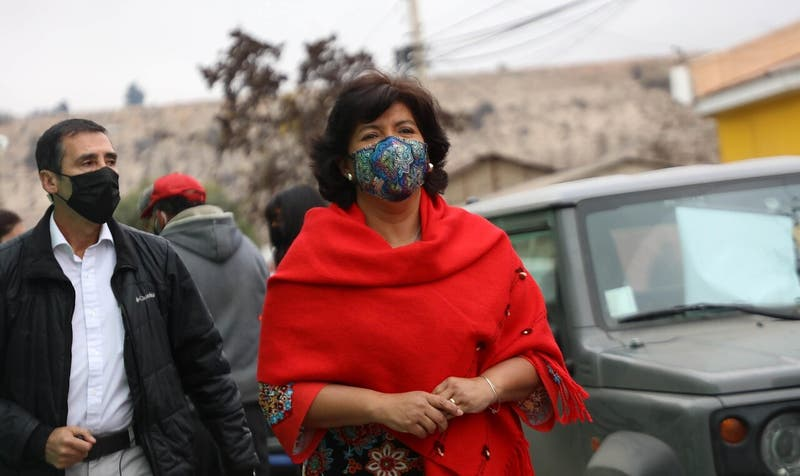 """""""Sí, acepto"""": Yasna Provoste oficializa su candidatura presidencial"""
