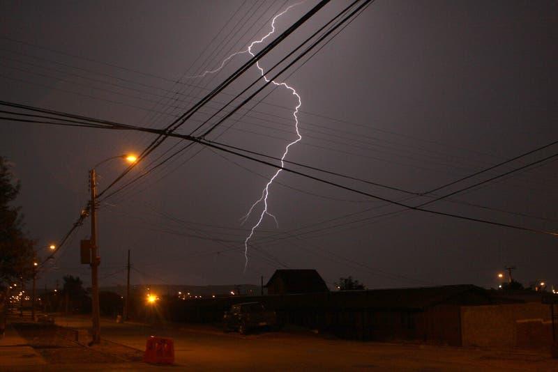 Meteorología alerta por posibles tormentas eléctricas en la zona centro del país