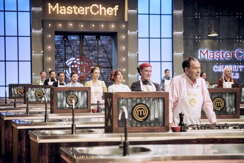 Arrancó nueva temporada de MasterChef Celebrity: Los aspirantes que ya recibieron el delantal negro