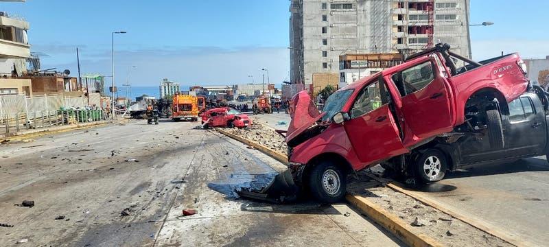 Choque múltiple en Antofagasta deja diez personas heridas